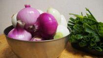 【レシピ付】シャキシャキとろ〜り葉付き新たまねぎ(赤白20玉)