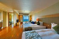 ムーンオーシャン宜野湾ホテル&レジデンス デラックスツインにご宿泊(1泊朝食付)【B期間限定】