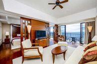 サザンビーチホテル&リゾート沖縄プレミアムロイヤルオーシャンスイート 3名様ご利用(朝食付)