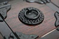 岩谷堂箪笥職人が作るIwayadocraft二ツ小抽出漆仕上げ伝統工芸品