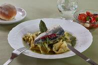 <屋久島パスタラボ>屋久島産バジルとにんにくのジェノベーゼ 飛び魚のコンフィ添え<一人前>