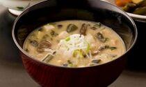「山菜・きのこが沢山入った大曲納豆汁」日本料理 花よし
