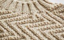 ≪オートミール≫【気仙沼ニッティング】手編みセーター「エチュード」Mサイズ(男性標準サイズ)