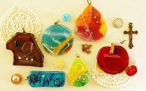 星砂をガラスに閉じ込めて、オリジナルのガラスアクセササリー作り沖縄ガラス星砂体験 【1名様】