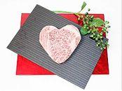 ハート型ステーキのロース肉/感動の口どけ、肉質等級4以上の『銘柄福島牛』200g×1枚