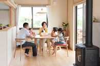 土佐の「イータステーブル」5人で座れるまあるいテーブル♪伝統工法での製作!ヒノキの優しさが心をまあるくしてくれます。