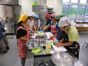 沖縄の家庭料理体験