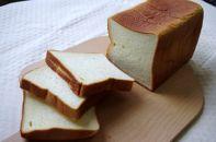 人気の定期便:そのまま食べてもおいしい!北海道産小麦の生食パン3本セットを12か月間お届け!