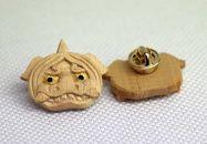 伝統的工芸士が制作したミニ獅子頭「ピンバッチ」