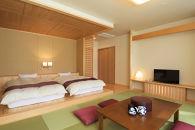 瀞流荘新館と豪華料理を楽しむ赤木城、千枚田と熊野古道世界遺産めぐり1泊ツアー
