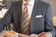 【受注生産】匠の技術で織り上げるシルク100%のチェックネクタイ(シャンパンゴールド)
