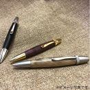 【世界の銘木ペン 回転式木製ボールペン ブラックチェリー材】(金具:サテンニッケル)mufactory