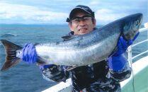 北海道といえば、秋鮭!イカ!の船釣り体験【5名様】