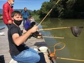 ヘラブナ釣りとへら竿体験