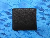 サメ革二つ折り財布
