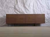 【QUBEAVボードウォールナット】職人の技が光るシンプルなAVボード<ウォールナット材ツキ板 オイルフィニッシュ>mufactory