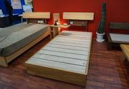 グロウ熊本県産センダン材のシングルベッド(マットレスは別)