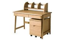 我が子に使わせたい国産ナラ材の学習机