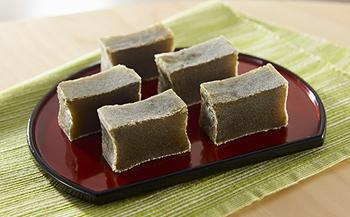 紅葉屋本舗竹皮包みようかん抹茶