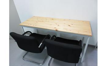 いずもく(和泉市内産木材)ヒノキ集成材テーブル