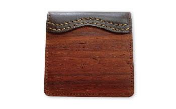 木のコインケース パドゥク
