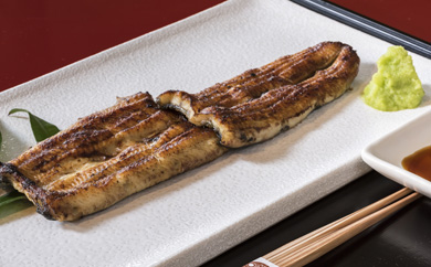 ◆中川楼の鰻白焼2串